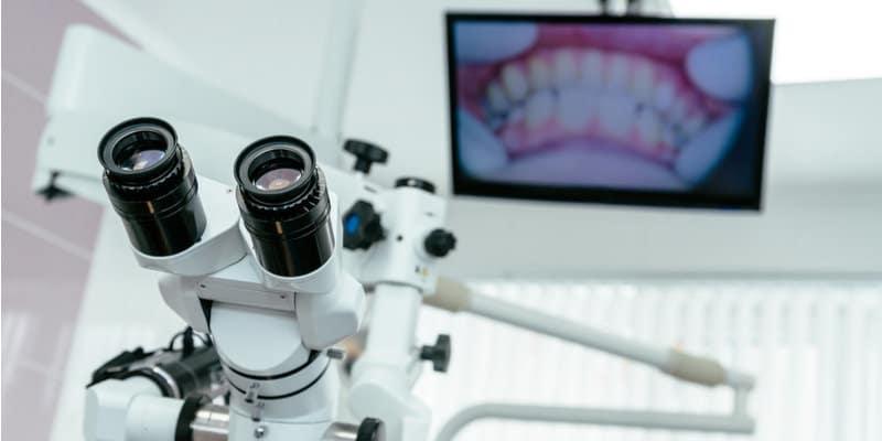 איך בוחרים רופא שיניים